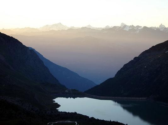 Morgenlicht überm Lac Salanfe