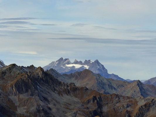 Gipfelblick - Fönlinsen über den Dents du Midi
