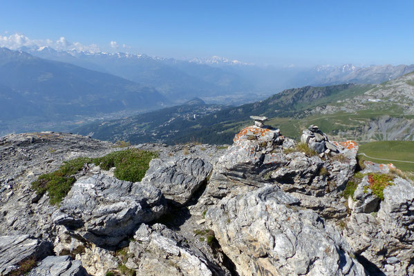 Gipfelblick: Walliser Bergkette