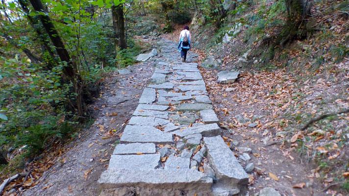 Granitplatten-Sentiero