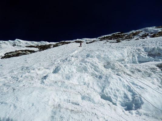 Gipfelwand von unten