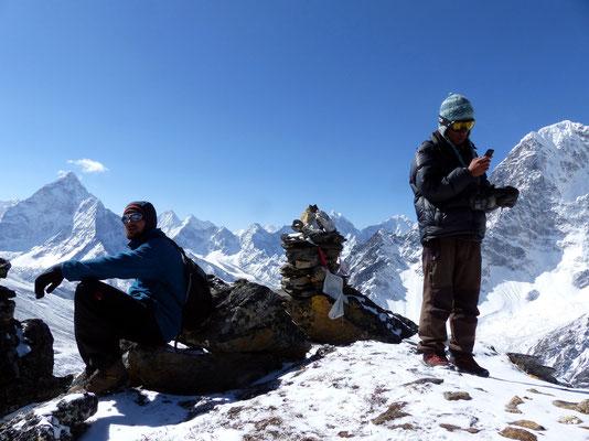 Am Gipfel des Awi Peak - 5245 M