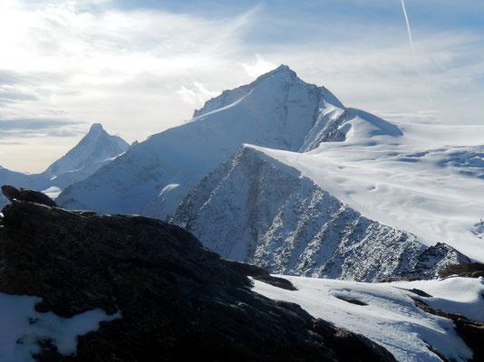 Gipfelblick - Grand Cornier vor Dent Blanche