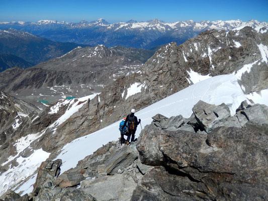 Absteigende - Gipfelfirnfeld von oben