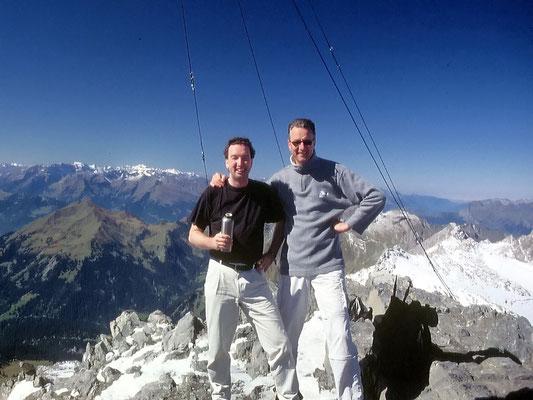Gipfelbild mit Glarner Alpen