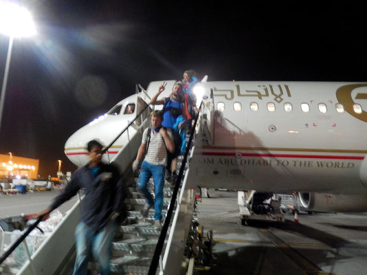 Zwischenlandung in Abu Dhabi