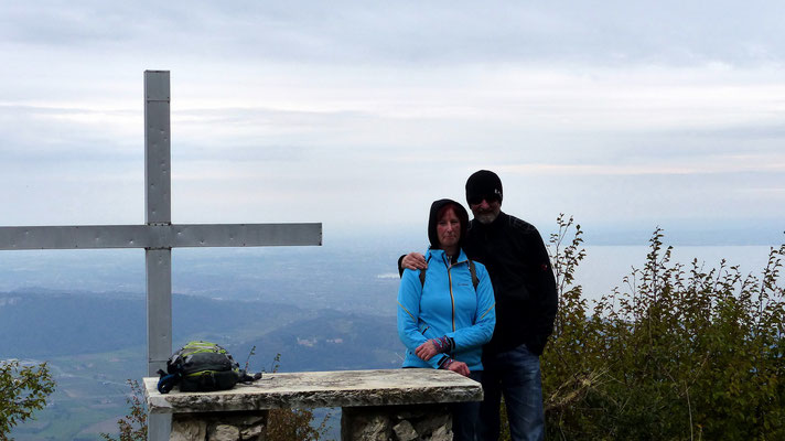 Am Gipfel des Monte Belpo - 880 M