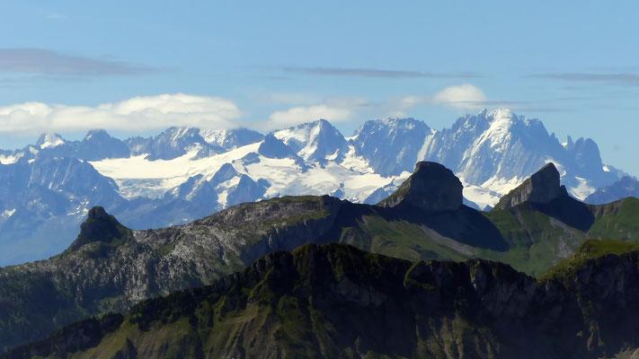 Gipfelblick: Argentière - Aiguille Verte