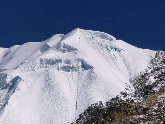 ... Bergfreund Josef Niedermayer - Abstieg vom Lobuche East-Gipfel