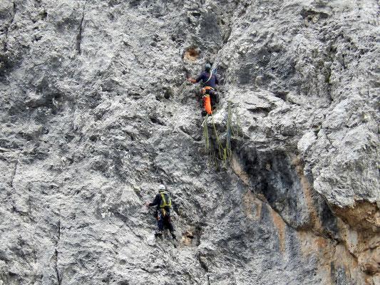 Kletterer an der Westwand der Pala