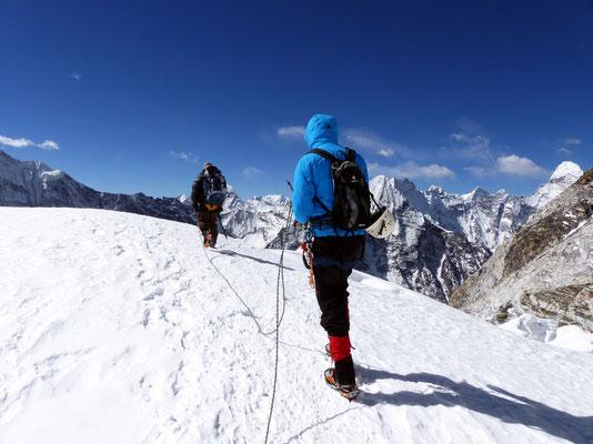 Abstieg über das Gletscherplateau