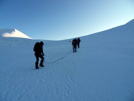 Aufstieg am Lysgletscher