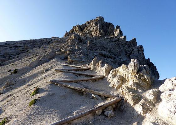 Blick von der Forcella zum Gipfel