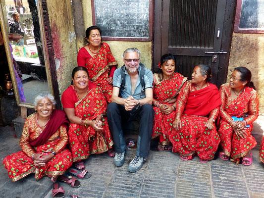 Hans - Inmitten nepalesischer Schönheiten