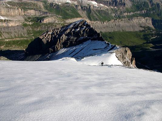 Nordflanke - Blick vom Gipfel