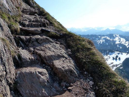Trasse in der Aufstiegsflanke