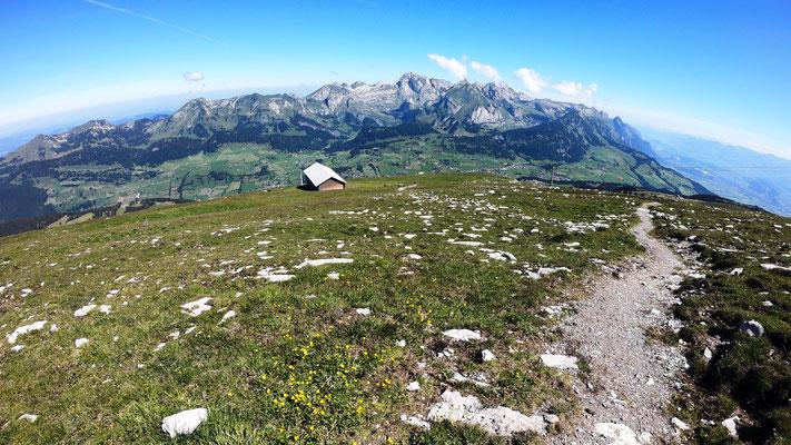 Alpsteinmassiv - Bick vom Pultdach des Chäserrugg