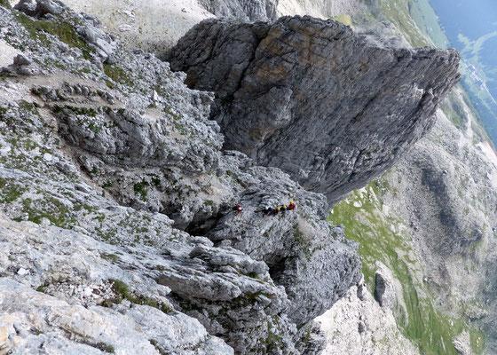 Tiefblick in die Aufstiegsroute