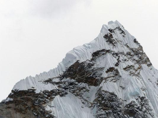 Gipfelaufbau der Ama Dablam