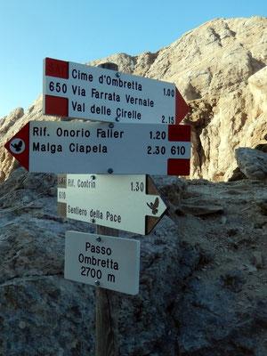 Am Passo Ombretta - 2700 M