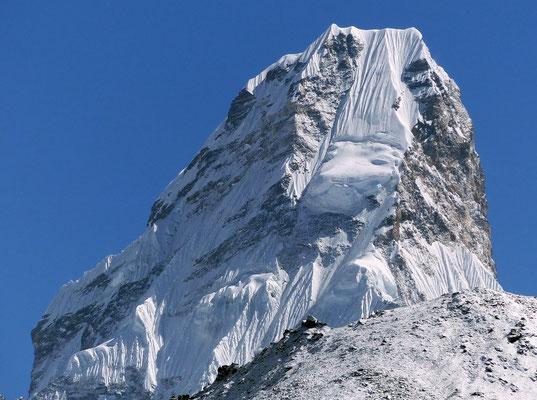 Ama Dablam-Gipfel - 6856 M