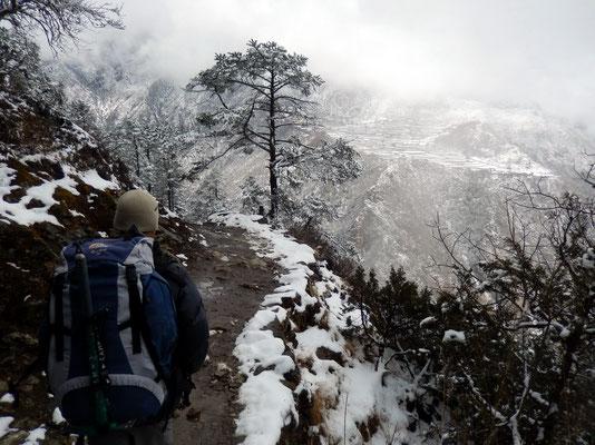 Abstieg nach Phortse Thanga