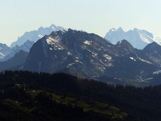 Gipfelblick - Säntis, 2502 M - Altmann, 2435 M