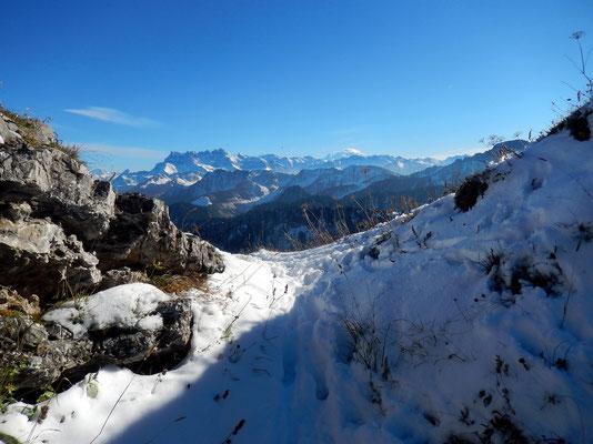 Einsattelung vor dem Gipfel