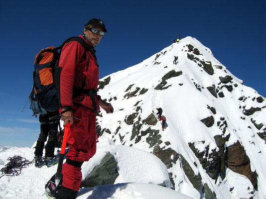Bekanntschaft am Kleinglockner-Gipfelgrat