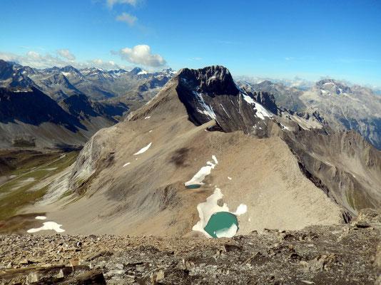Gipfelblick nach West - Piz Üertsch 3268 M