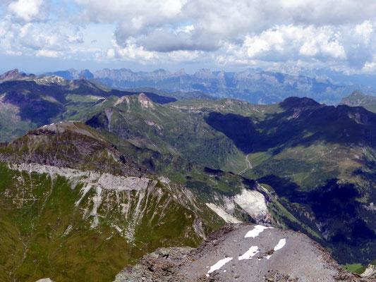 Gipfelblick - Churfirsten und Alpstein