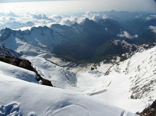 Schwarzhorn - Gipfelblick ins Vd Gressoney