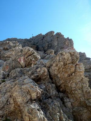 Erster Blick zum Gipfelkreuz