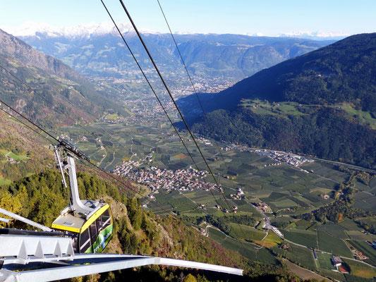 Blick in den Vinschgau nach Meran