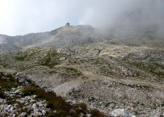 Vallon-Kessel mit Franz Kostner-Hütte - 2500 M