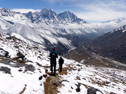 Abstieg ins Imja Khola-Tal