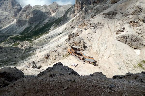 Blick vom ersten Band auf den Grasleitenpass