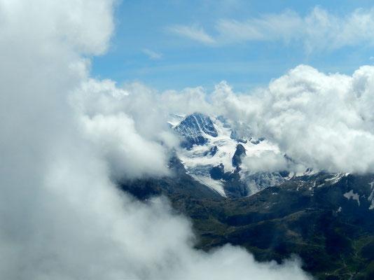 Gipfelblick - Bernina-Massiv