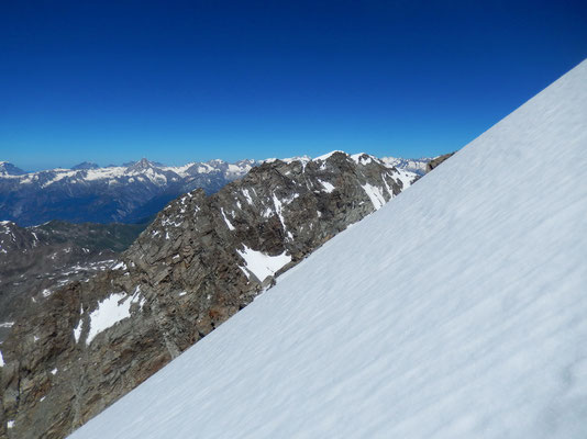 Zustieg zum Gipfelfirnfeld