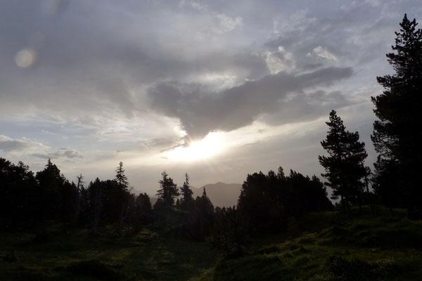Schlechtwetterwolken im Osten