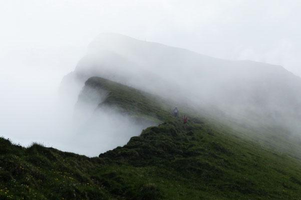 Abstieg vom Tomlishorn