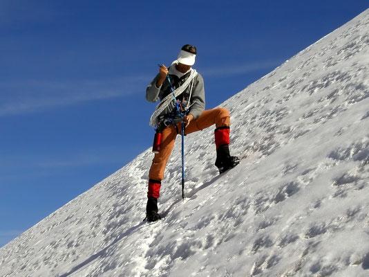 Steile Querung im Abstieg