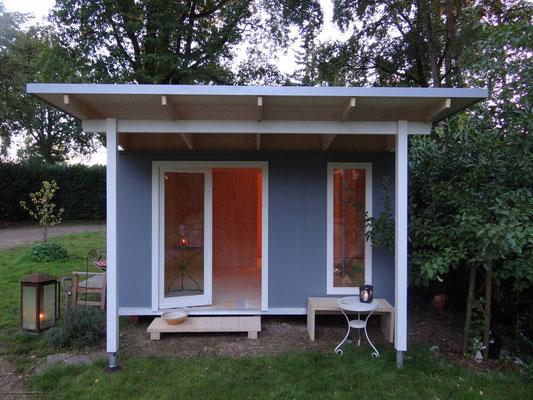GartenLaube 24 Othmarschen mit langem Dach