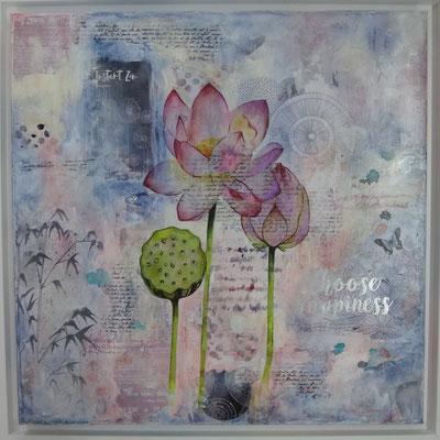 """Série """"Lotus"""", acrylique & te chniques mixtes sur toile 3D 50x50 encadrée."""