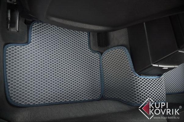 Автомобильные коврики EVA BMW X3 E83
