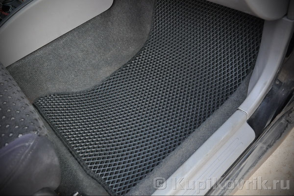 Коврики Subaru Forester I