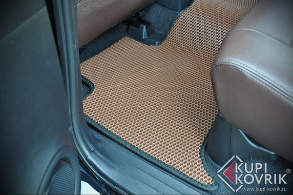 Коврики EVA для Toyota Fortuner II
