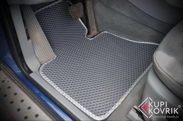Автомобильные коврики EVA BMW X5 E53