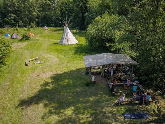 Campgelände der Wildnisschule Habichtswald auf Hof Grafel