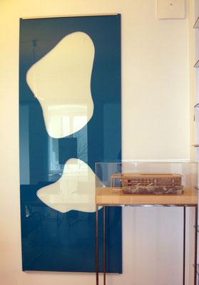 Kunst am Bau: Prototyp einer ca. zehn Meter langen Glaswand - Foto © Knauer Architekten